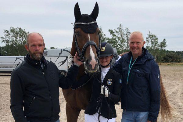 Ellen & Daimjenko with trainer Mattias Jansson and horse owner Jan Brink